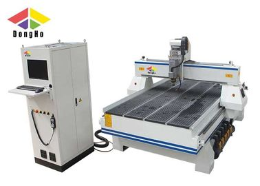 Double Color Plate Three Axis CNC Engraving Machine / 3 Axis CNC Router
